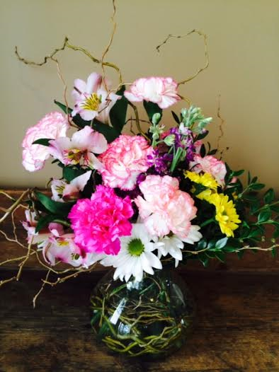 Order your mother s day flower arrangements and gift boxes for Mothers day flower arrangements